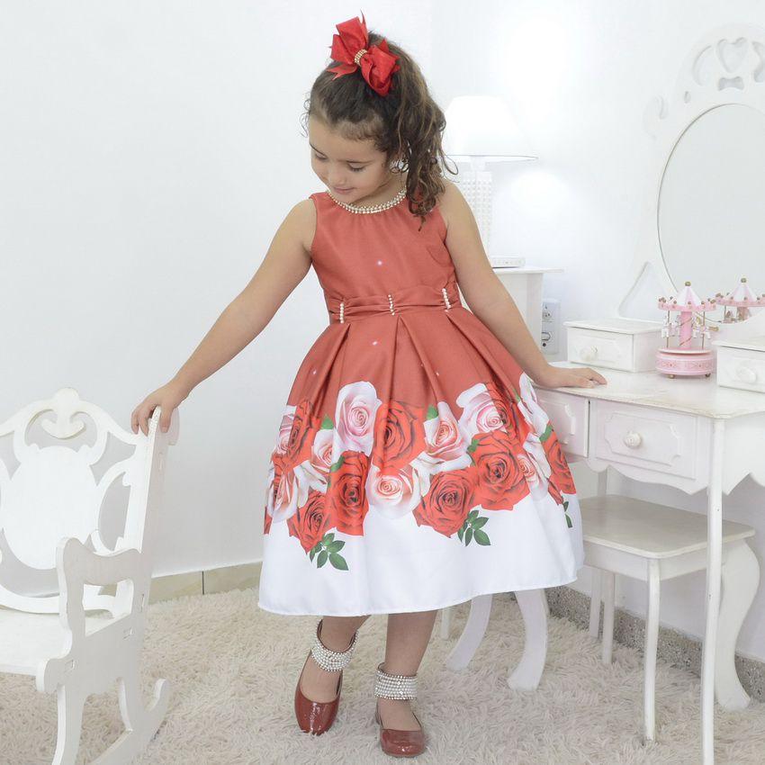 Vestido infantil floral vermelho seco com bordado na gola