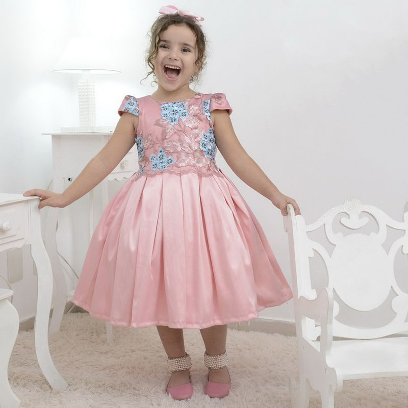 Vestido infantil rosa bebê com tule francês com bordado floral