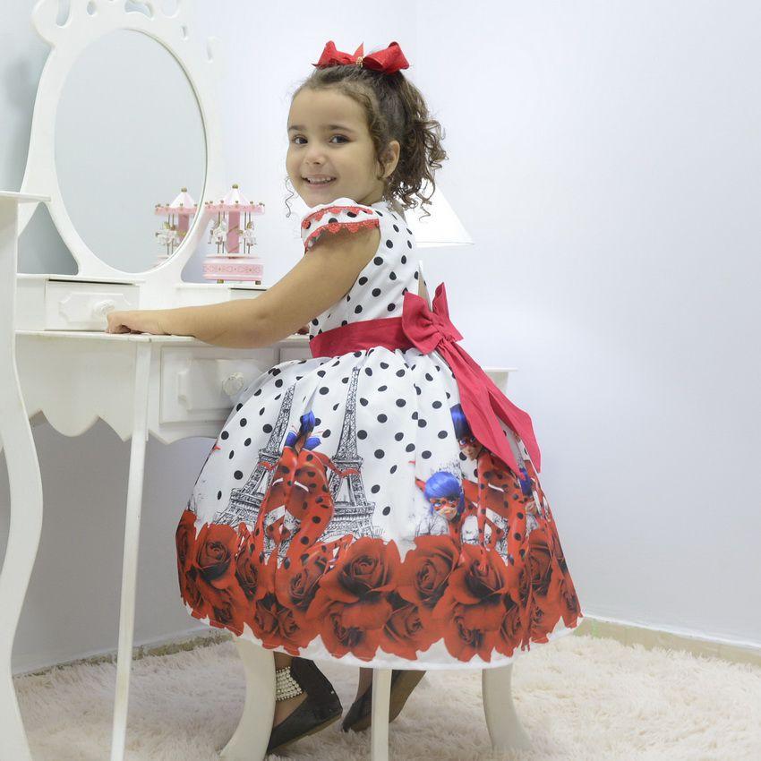 Vestido infantil tema As Aventuras de Ladybug
