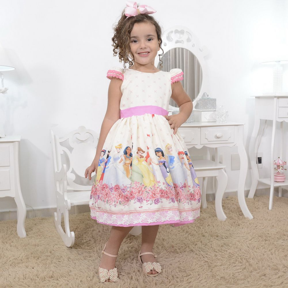 Vestido infantil tema as princesas da disney com laço nas costas