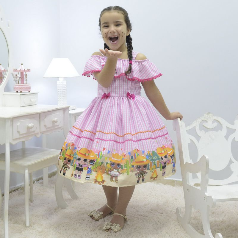 Vestido infantil tema Festa Junina da Lol Surprise