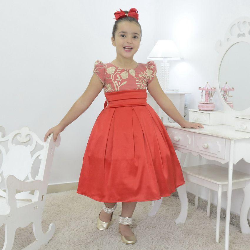 Vestido infantil vermelho com tule francês e bordado floral
