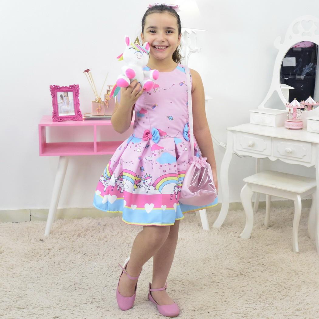Vestido Unicórnio e Chuva de Amor Com Bolsa Rosa e Pelúcia