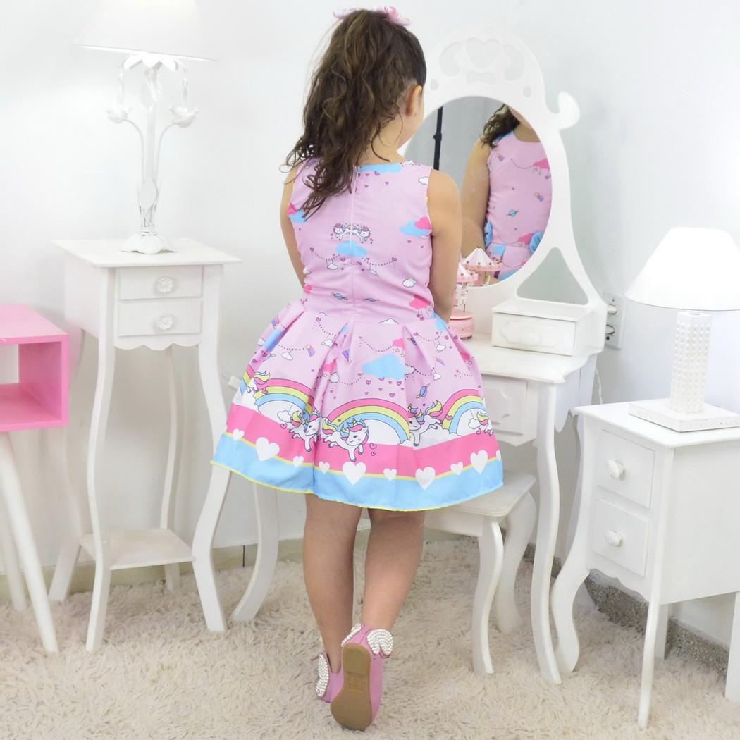 Vestido Unicórnio com Chuva de Amor e Arco-íris