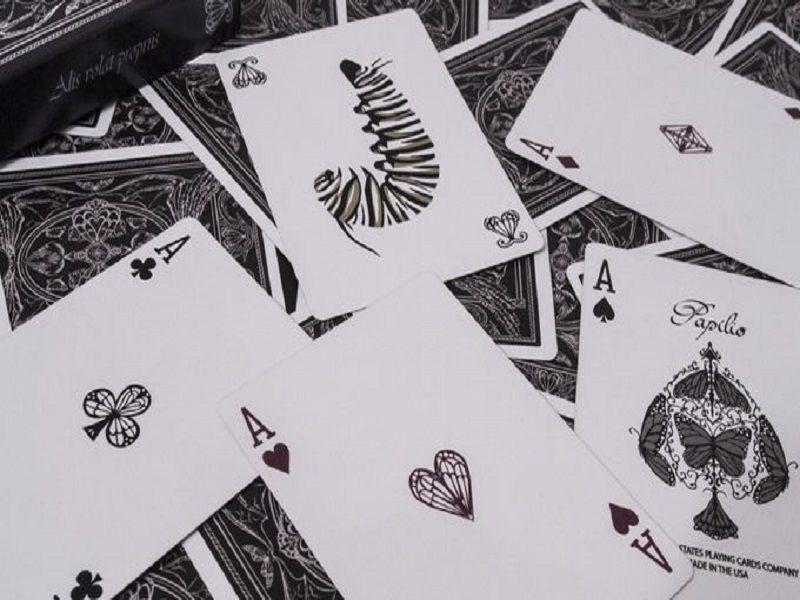 Baralho  Papilio V2 by Kiran Kuruvithadam M+
