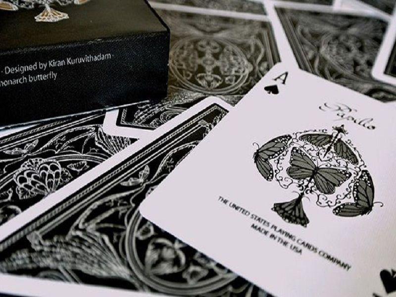 Baralho  Papilio V2 by Kiran Kuruvithadam