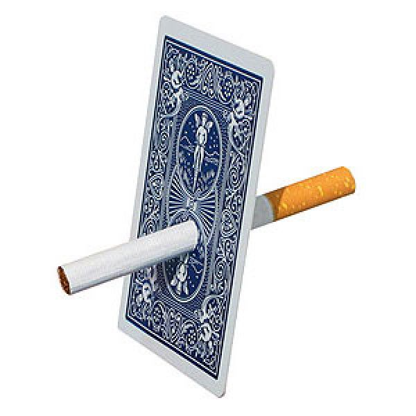 Cigarro na carta Bicycle Azul