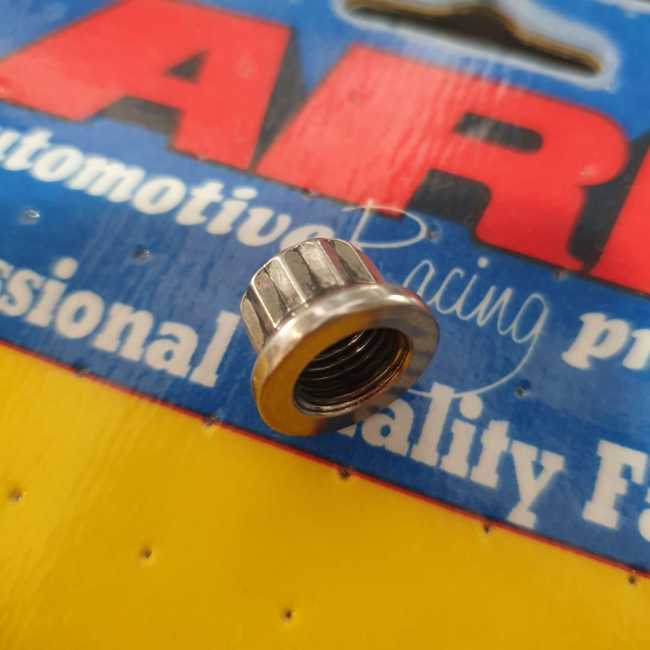 """Porca em aço inox rosca 3/8"""" x -24 fios - ARP  - PRO-1 Serious Performance"""