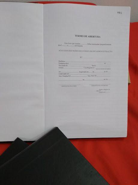 Livro de Atas das Reuniões do Concelho de Administração  50 folhas (Papelfantasia)