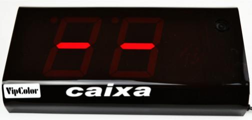 Orientador de Fila Única FU W19, 2 dígitos, com controle remoto sem fio