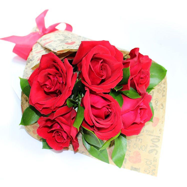 Buquê de 6 Rosas mais embalagem Declaração
