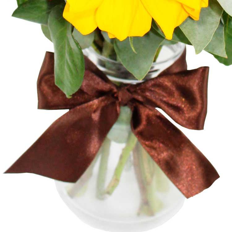 Vaso de Girassóis e Rosas Amarelas