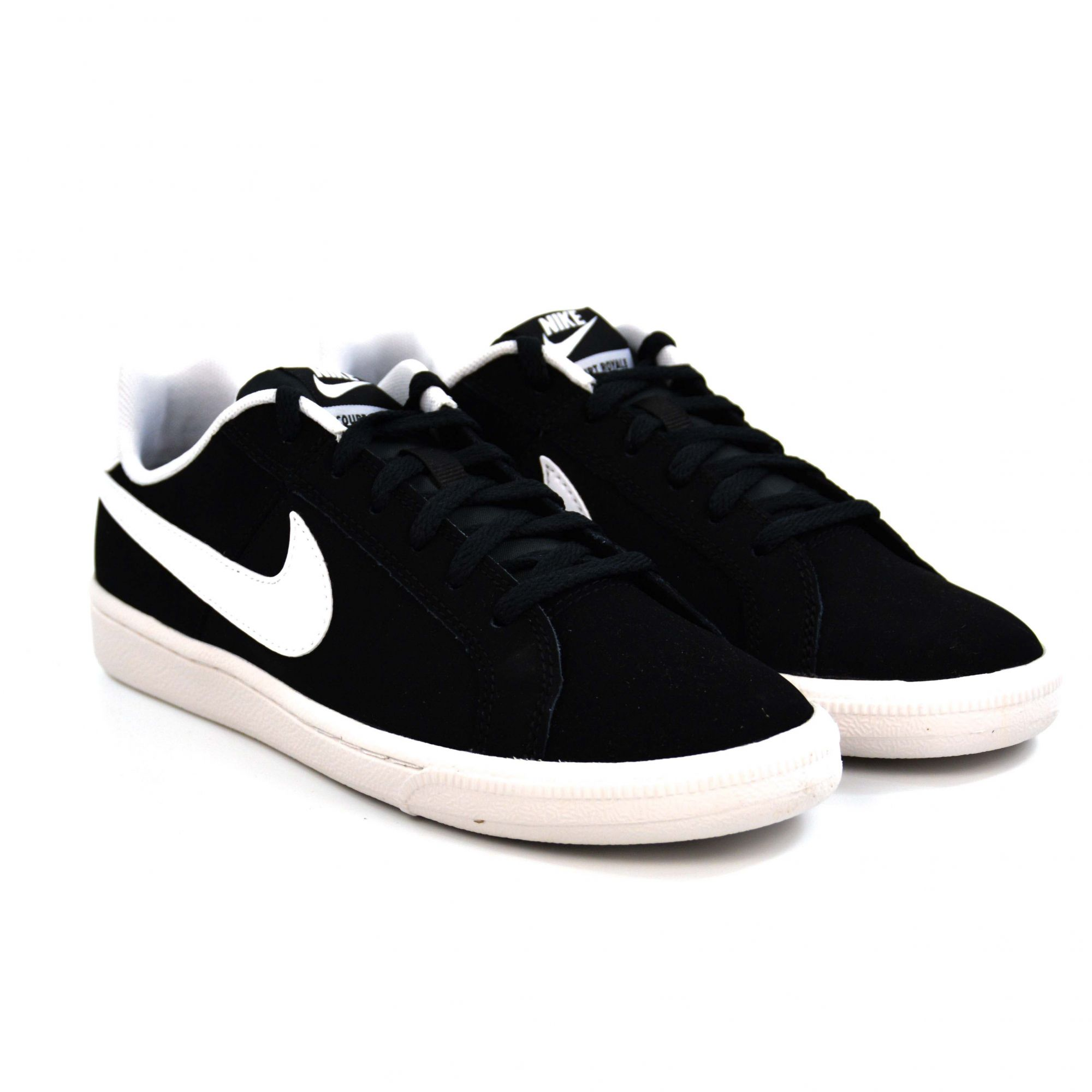 TENIS JUVENIL COURT ROYALE BLACK/WHITE NIKE 013537
