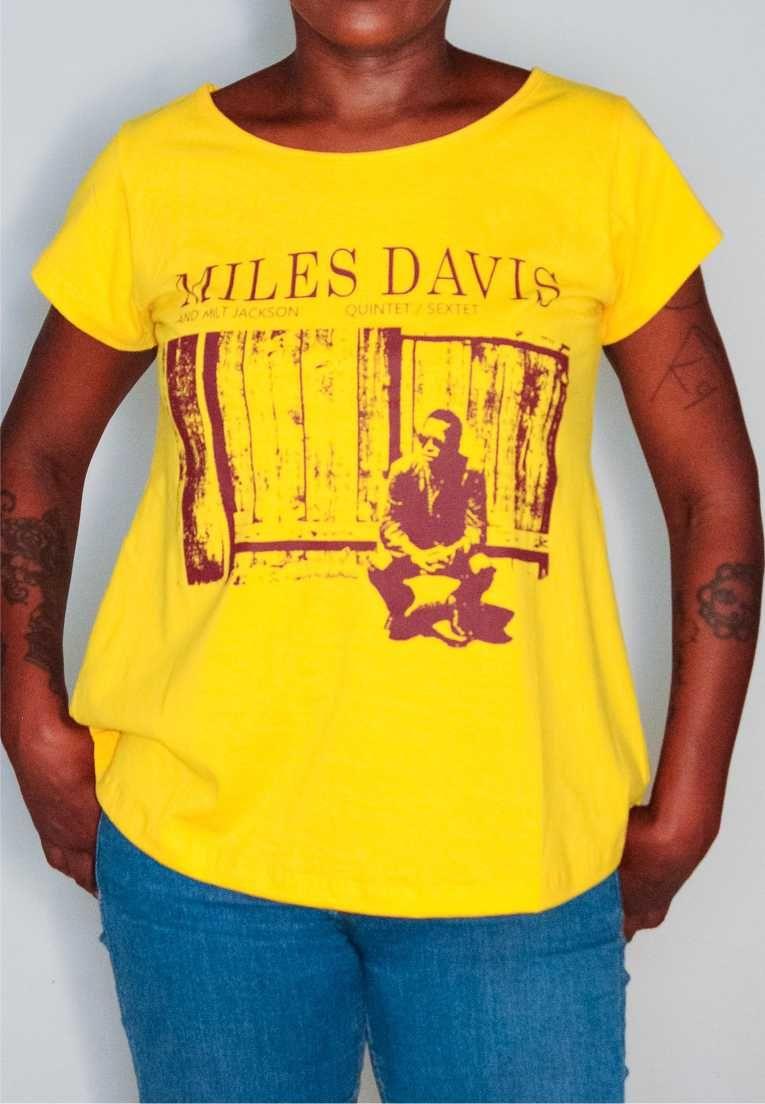 Camiseta Miles Davis Feminina