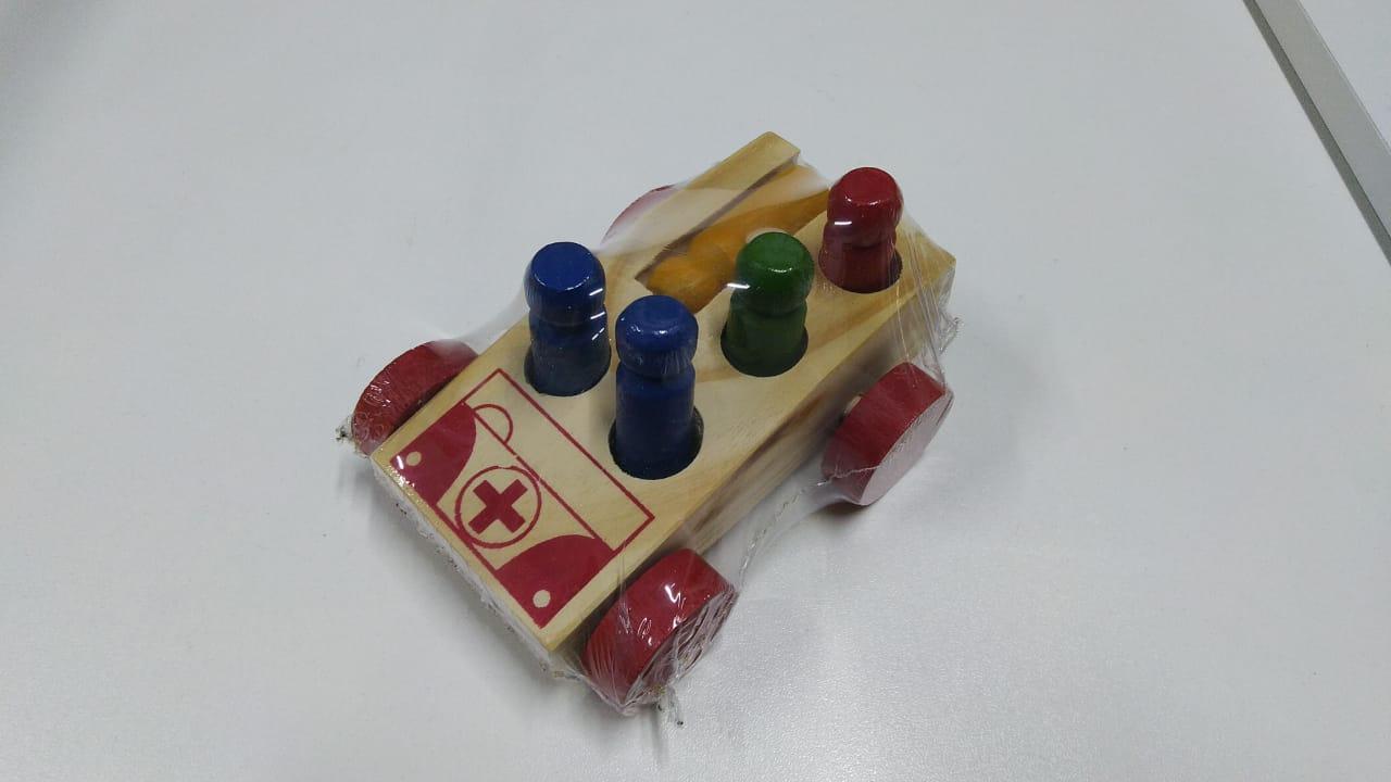 Mini Ambulância com Pinos