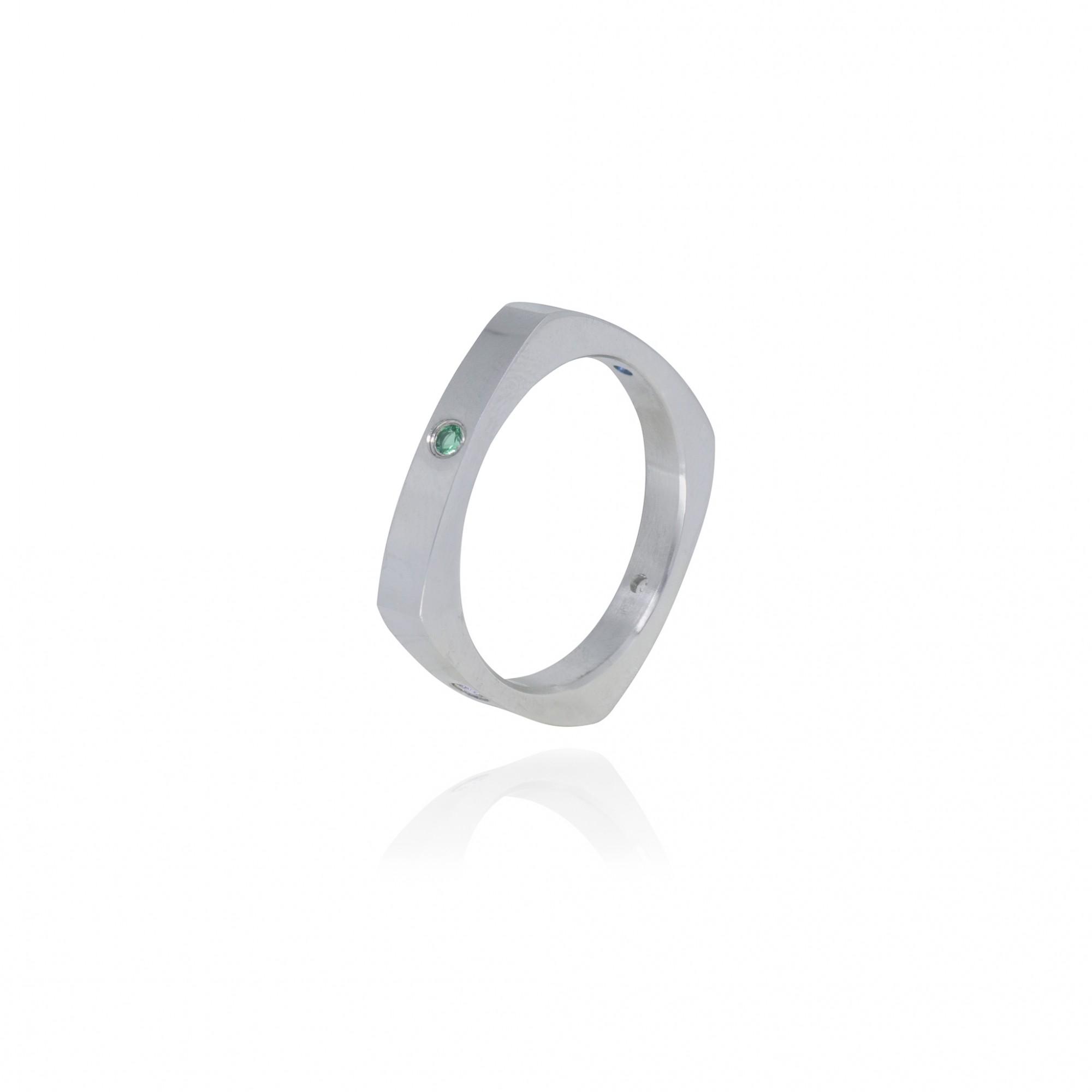 Aliança ou anel de aço inox e strass quadrada