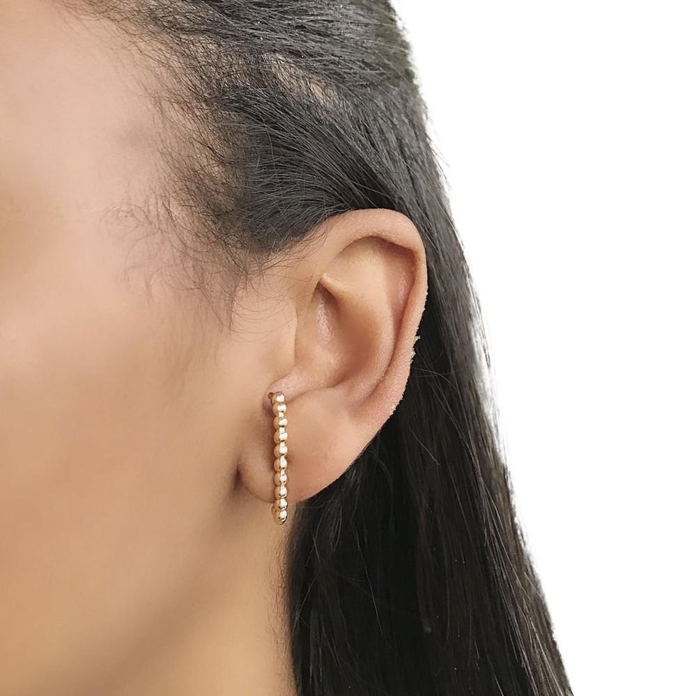 Brinco Earhook Semijoia bolinhas em ouro ou prata e verniz