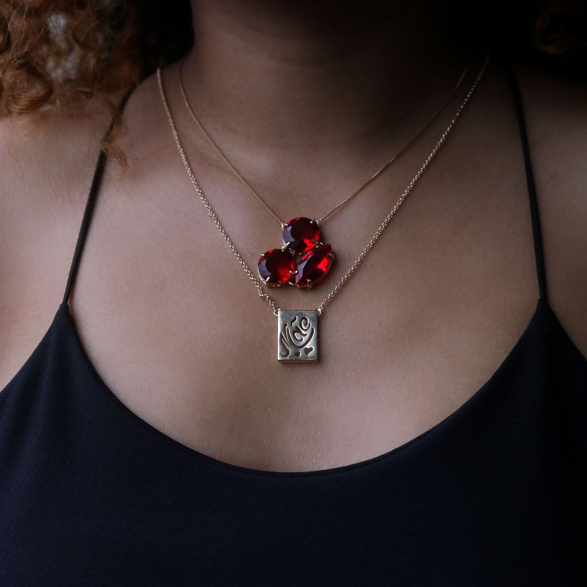 Colar Semi joia Escapulário Mãe banhado a ouro 18k ou rhodium