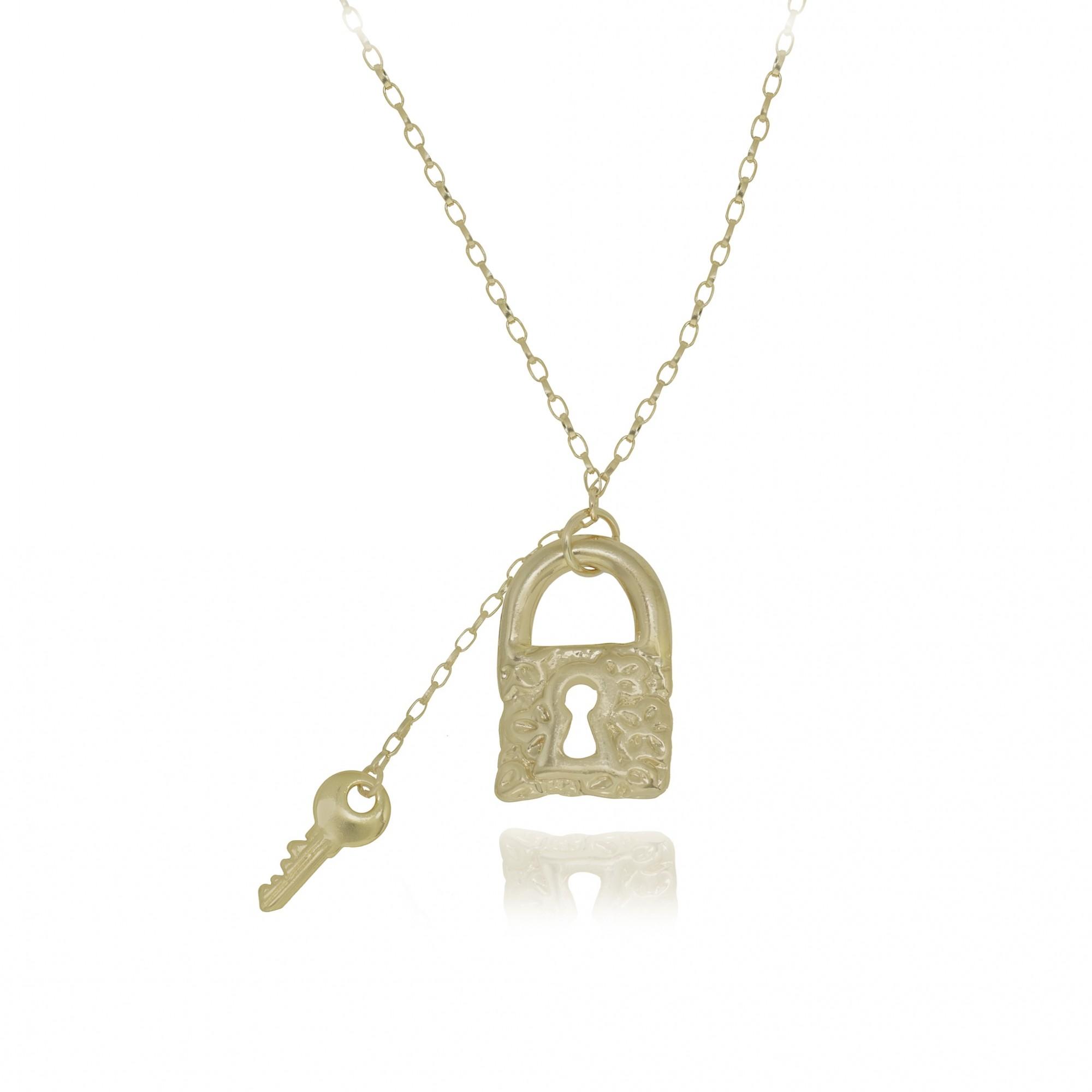Colar semijoia chave e cadeado folheado a ouro 18k