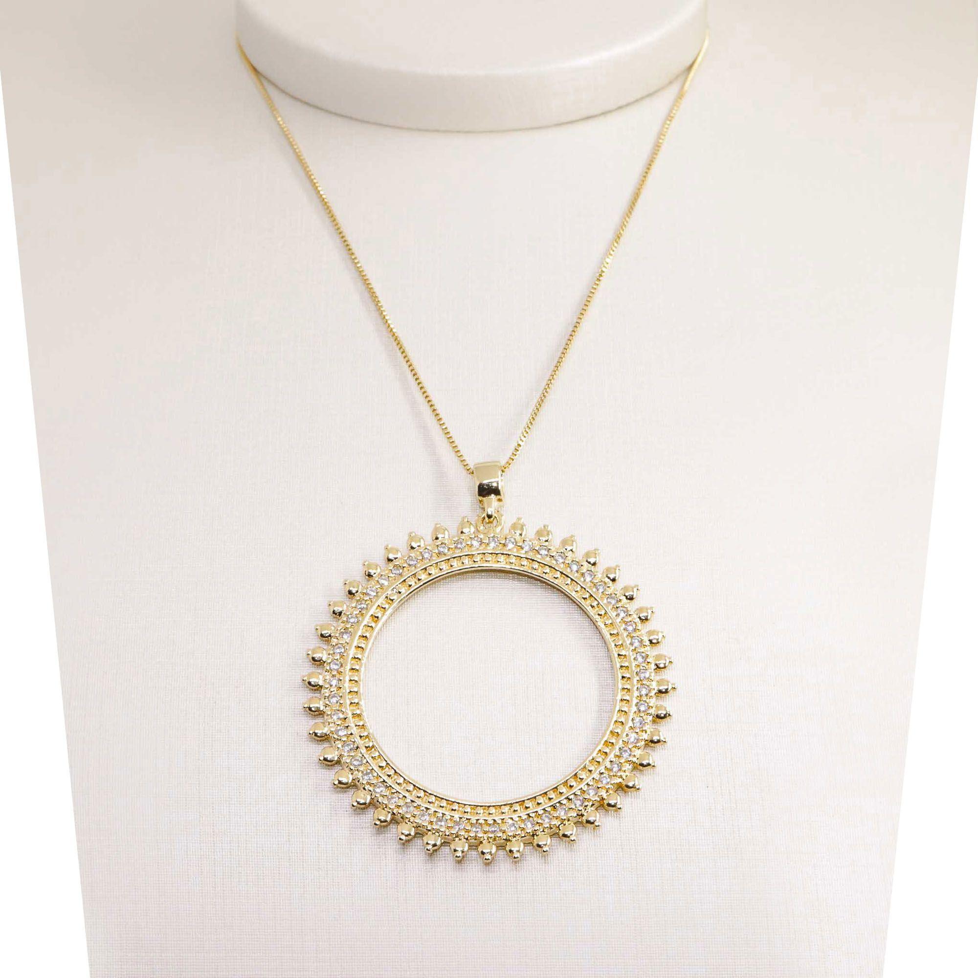 Colar semijoia Mandala grande cravejada folheado a ouro 18k ou rhodium com corrente de 45 cm