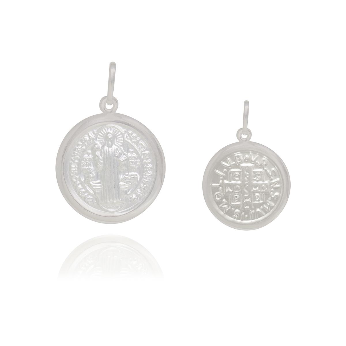 Pingente joia em prata 925 pura São Bento GG hipoalergênico