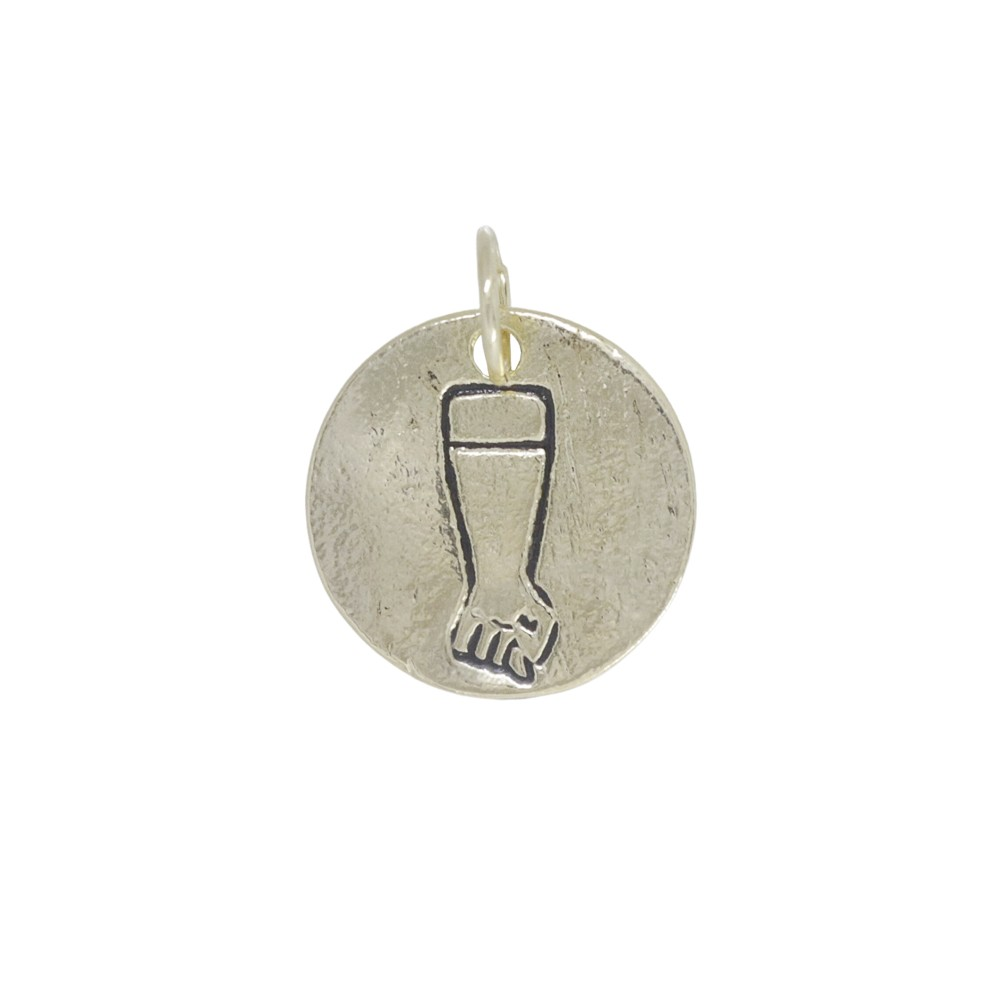 Pingente semijoia medalha de Figa com ouro prata e verniz