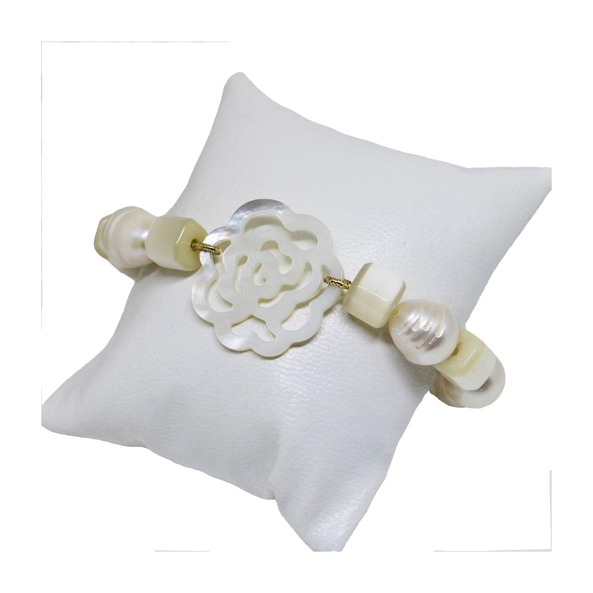 Pulseira Semi joia pérolas com Flor banhada a ouro 18k ou rhodium