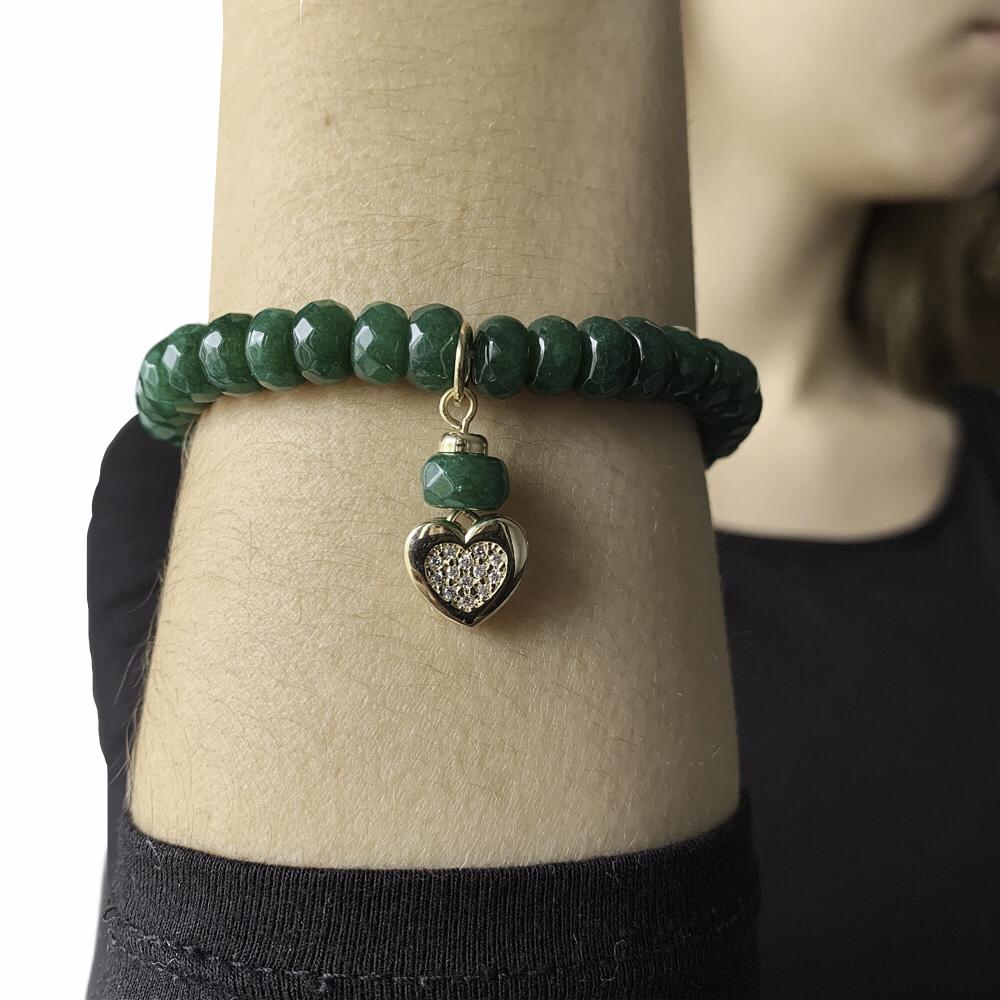 Pulseira semijoia cravejada com pedra natural Jade coração