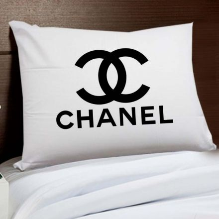 Fronha Chanel