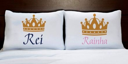 Fronhas Casal Personalizadas Coroa Dourada Rei e Rainha