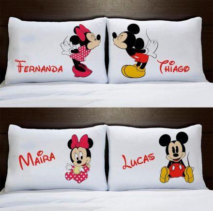Fronhas Personalizadas Casal Mickey e Minnie Com Filhos Menino e Menina Bebê