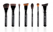 HIGHLIGHT & CONTOUR BRUSH SET | KIT COM 7 PINCÉIS - SIGMA BEAUTY