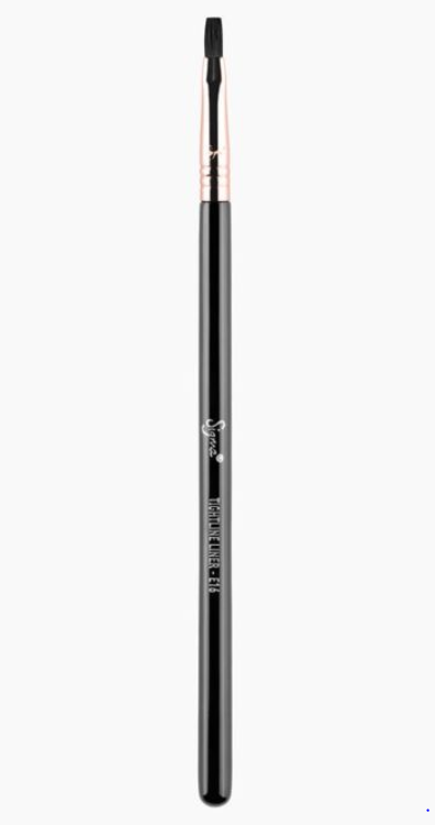 E16 TIGHTLINE LINER BRUSH | SIGMA BEAUTY