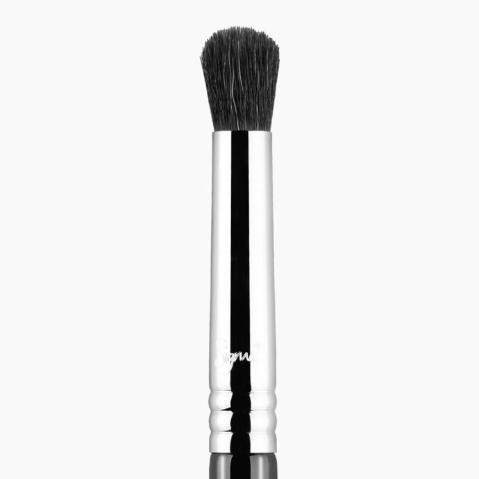 E39 BUFF AND BLEND BRUSH  | SIGMA BEAUTY