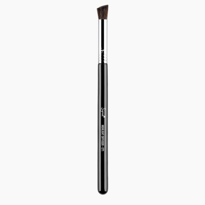 Sigma Beauty | E71 Highlight Diffuser Brush