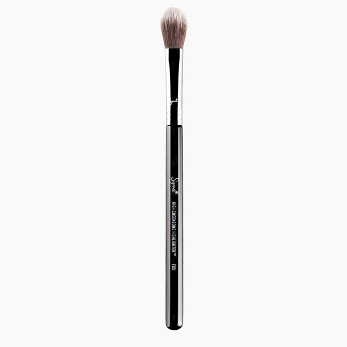 Sigma Beauty| F03 High Cheekbone Highlighter Brush