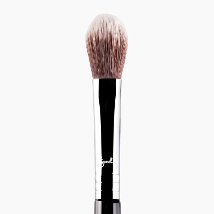 F03 HIGH CHEEKBONE HIGHLIGHTER BRUSH | SIGMA BEAUTY