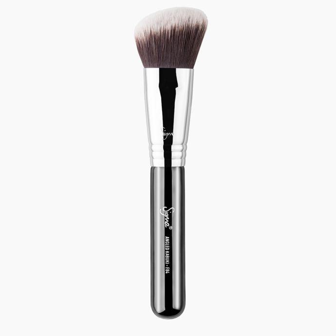 Sigma Beauty | F84 Angled Kabuki Brush