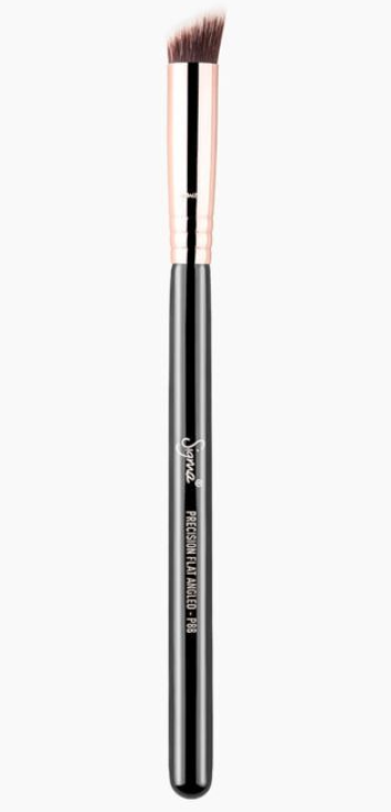 P88 PRECISION FLAT ANGLED BRUSH | SIGMA BEAUTY