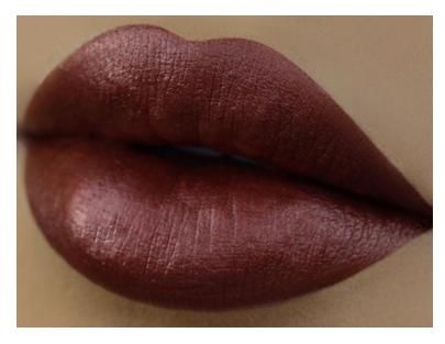 Kylie | Lip Reign Metal
