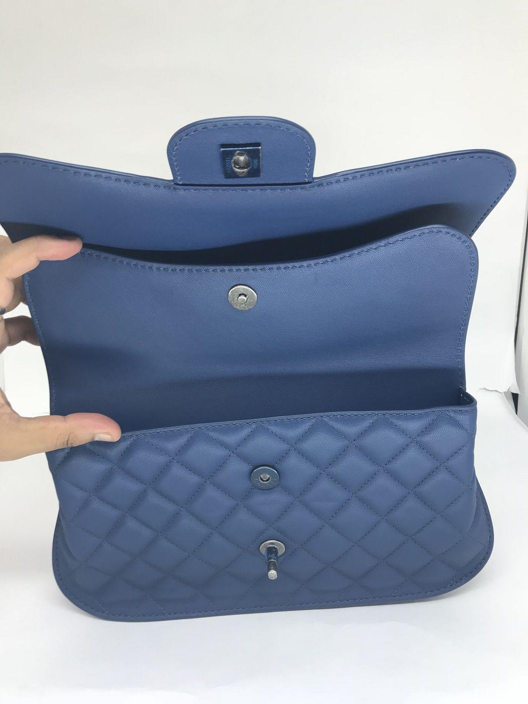 5c35c98ce Bolsa Chanel Double Flap Azul - Paula Frank | Bolsas de luxo ...