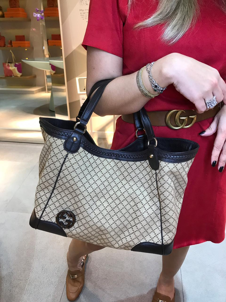 Bolsa Gucci monograma