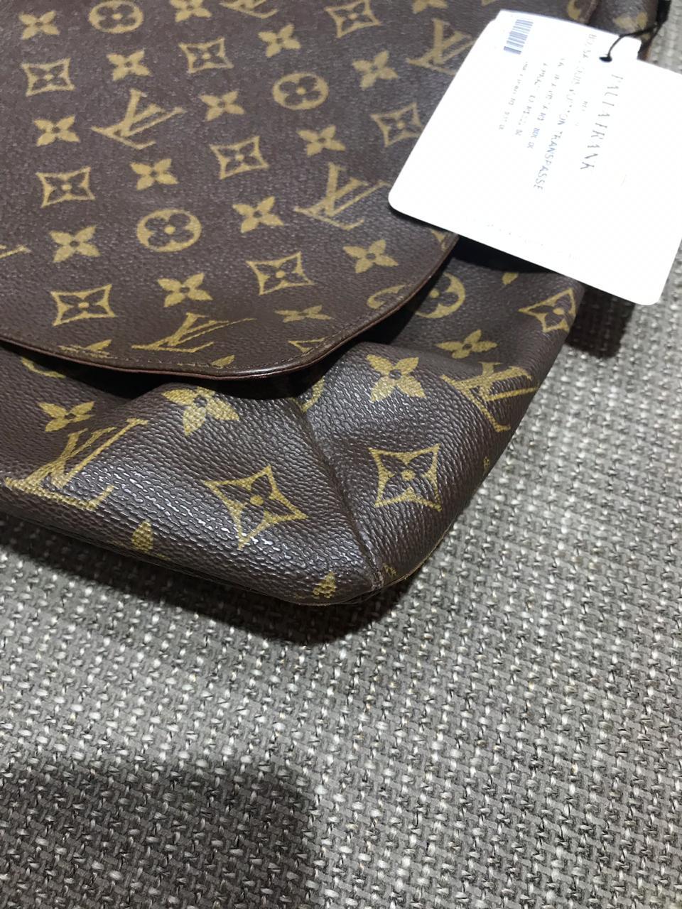 Bolsa Louis Vuitton Mensageiro Monograma