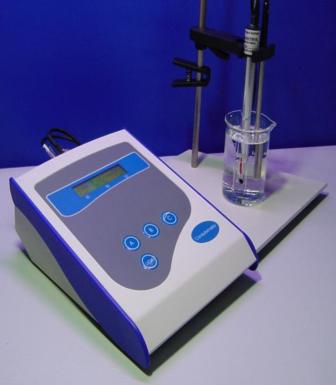 Condutivímetro Bancada / Completo (Microprocessado) . MCA-150