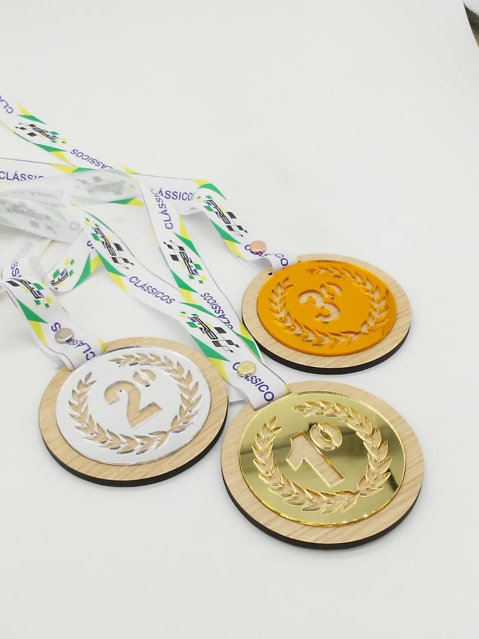 Medalhas C/ Sobreposição MDF + AC Espelhado Personalizáveis