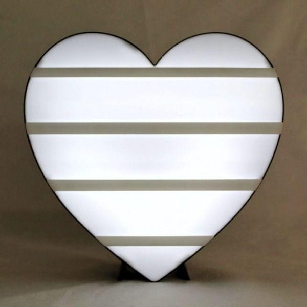 Letreiro Luminoso Led Coração Letras Pretas