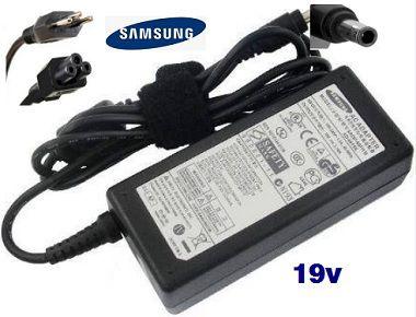 Fonte Carregador Notebook Samsung 19V RV419-R440-Rv410-Rv411-Rv415-Rv420