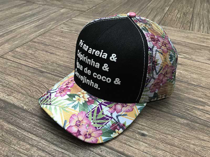 Boné trucker personalizado - PÉ NA AREIA