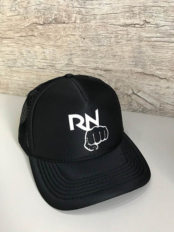 Boné trucker personalizado - Rafael Negretty