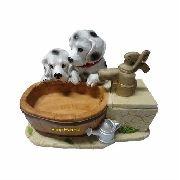 Fonte de água Cachorro dog filhotinhos.